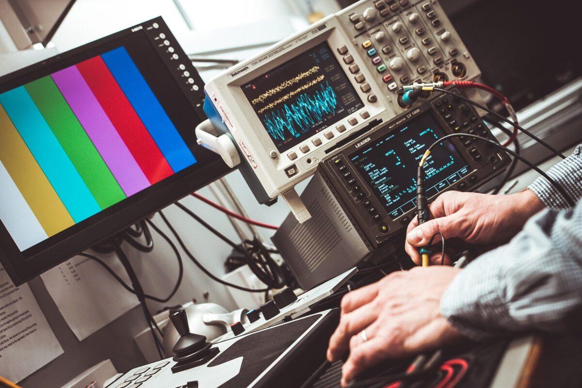 Datenrettungin Berlin: Wenn die Festplatte nur noch klickt